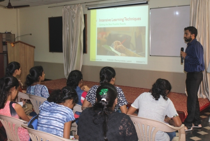 <b>A Report on Youth Empowerment Training held on July 1, 2018</b>